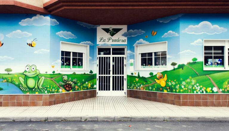 pintura mural pintada por taruga creaciones