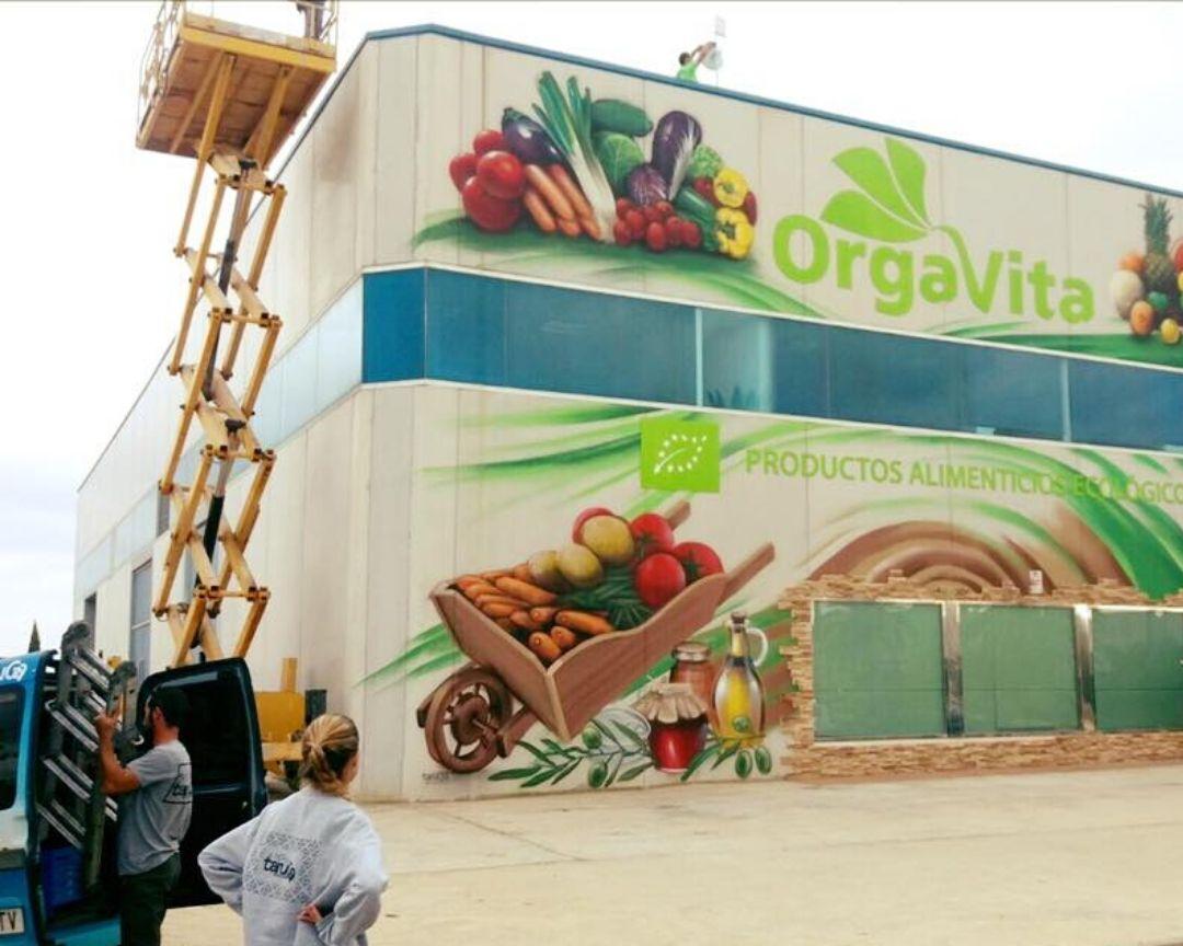 mural fachada nave alimentacion