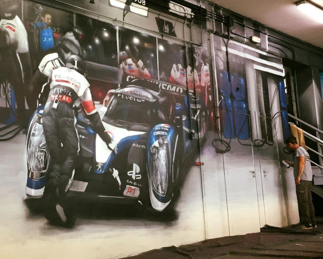 mural nave coche proceso pintura