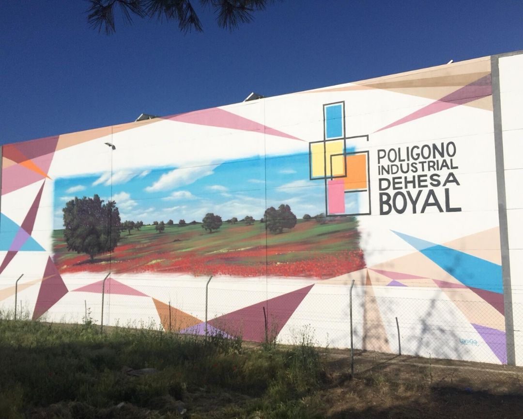 mural nave industrial formas geometricas paisaje