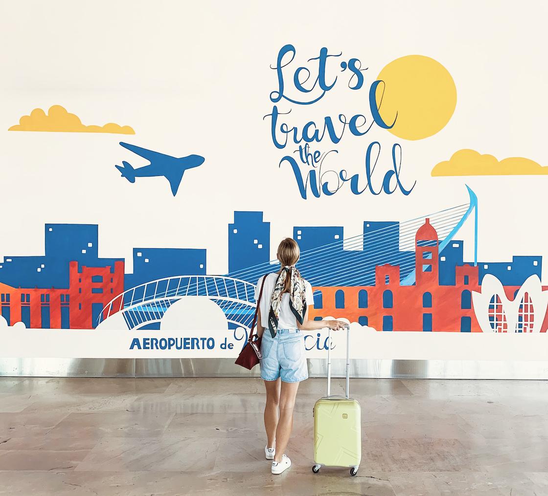 mural-aeropuerto-valencia-entrada