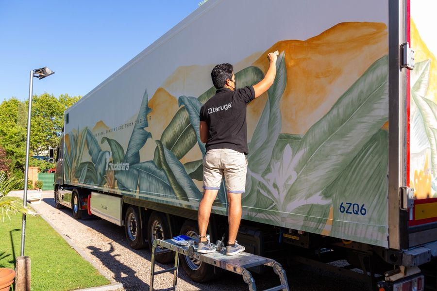 trucksters-taruga-creaciones-mural-ecosostenible-camion